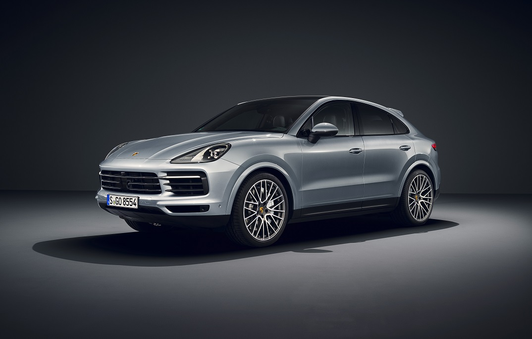 images/features/porsche-cayenne-features.jpg